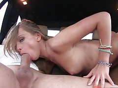 Facializing sweet little pussy thrashed Ivana Sugar in the car seat
