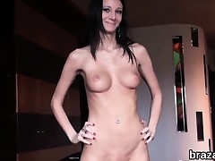 Casting bombshell goes home after hardcore sex and anal hole