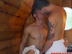 Cute twinks Roscoe Hayes and Jo sharing passion in a sauna